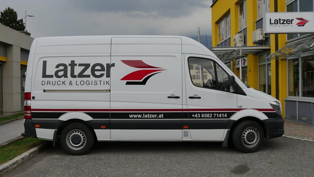 Latzer Sprinter seitlich - Latzer Druck & Logistik